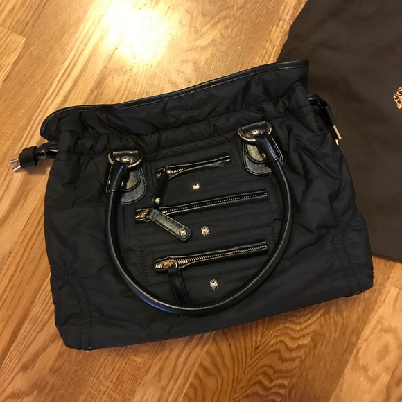 520e8b34a58 Authentic TODS Pashmy Nylon Handbag. M_5a36c8ab45b30cfa59017342